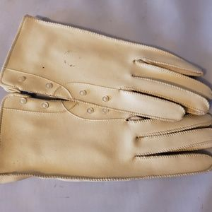 Vintage Cream Ladies Vinyl Gloves Small Buttons